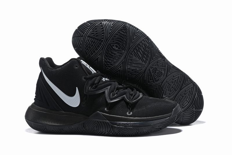 Nike Kyire 5 All Black White-logo